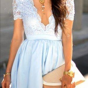 a38044f4b4c Missguided Dresses - Aleena Eyelash Lace Plunge Neck Puffball Dress